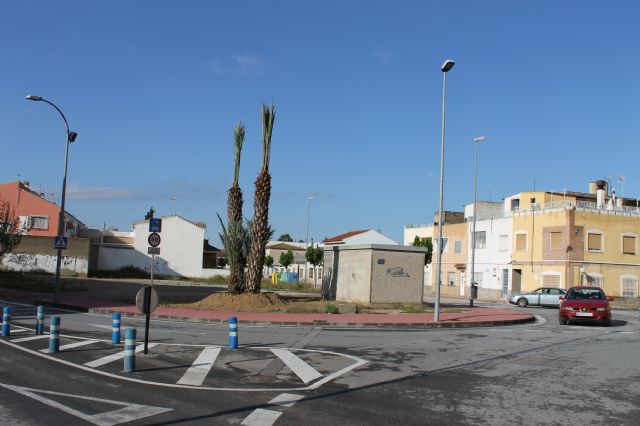 Alhama de murcia los jardines del municipio cuentan con for Piscina cubierta alcantarilla