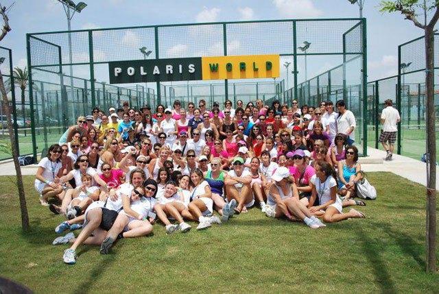 Maris Sport Clab organiza un torneo de pádel femenino a beneficio de D´Genes, Foto 1