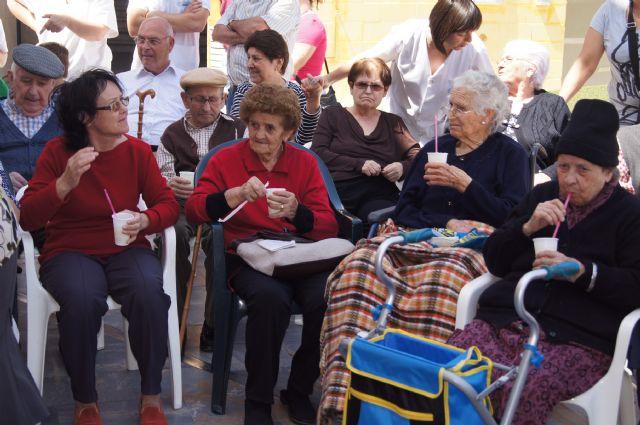 Arrancan las fiestas de las Personas Mayores 2013 con la tradicional limonada, Foto 3