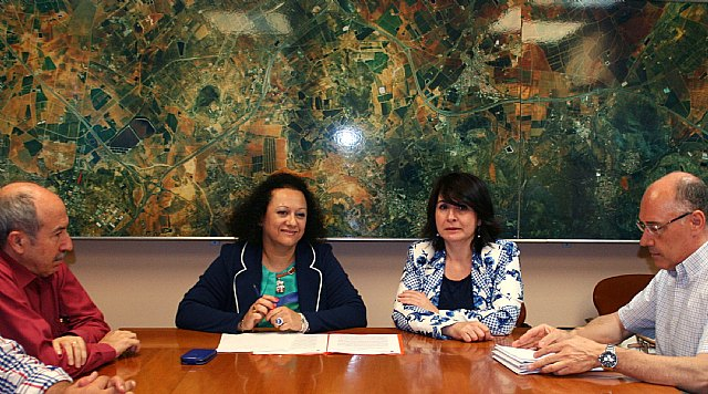 La Comunidad y el Ayuntamiento de Totana acuerdan constituir un grupo de trabajo para el desarrollo urbanístico municipal, Foto 1