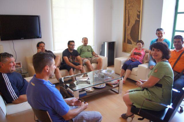 La alcaldesa de Totana se reúne con el Comité de Empresa de la factoría ElPozo Alimentación, Foto 1