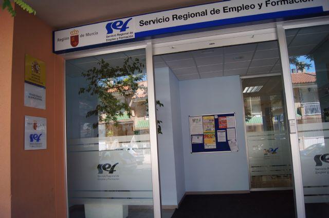 Desciende el desempleo en Totana en casi un 5% en el último mes gracias a los nuevos 117 empleos creados, Foto 1