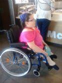 Isa ya tiene nueva silla de ruedas adaptada - 10