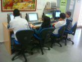 La Biblioteca Municipal amplía sus servicios con seis equipos informáticos con acceso libre a internet