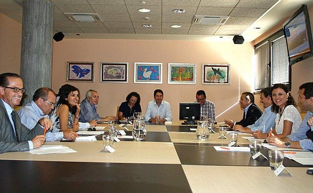 Obras Públicas pide a los municipios que presenten sus propuestas sobre la reforma de la Ley del suelo regional, Foto 1