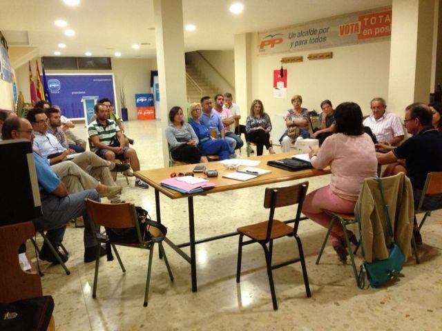 La alcaldesa presenta a la ejecutiva del PP de Totana los proyectos y objetivos para el nuevo curso político 2013/14 recién comenzado, Foto 2