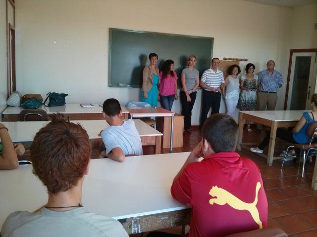 Catorce alumnos participan en el programa del Aula Ocupacional mediante el cual se favorece la permanencia los jóvenes en el sistema educativo, Foto 1