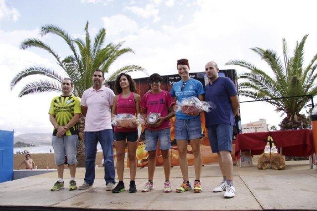 Más de 400 atletas participan en la III Media Maratón y III Carrera Popular Bahía de Mazarrón, Foto 4