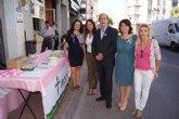 Autoridades municipales apoyan la campaña de sensibilización con motivo del Día contra el cáncer de mama