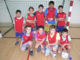 La concejalía de Deportes organizó jornadas de fútbol sala y baloncesto, correspondiente a la fase local del programa de Deporte Escolar