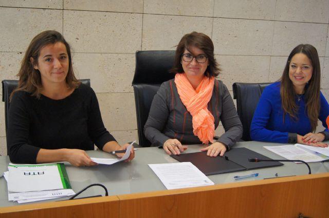 El consistorio firma un convenio de colaboración para promover acciones para el fomento del empleo autónomo, Foto 1