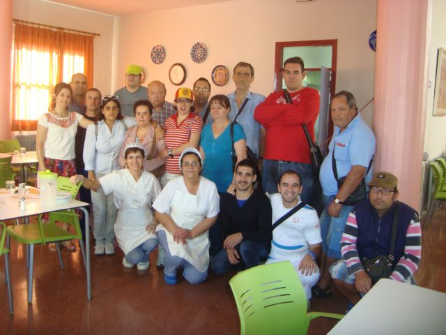 Users of the Day Centre for People with Mental Illness Totana know first hand how to manage the new services this year to enjoy the center trasnformación, Foto 2