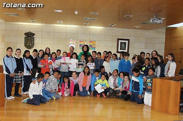 Read the manifesto International Day Memorial Children Rights @ 2013, Foto 1