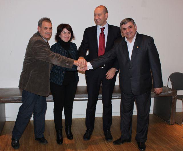 Totana se convierte en la sede de la primera Agrupación Europea que reúne a cien municipios de España, Italia, Francia y Rumanía que trabajan a favor de la cerámica, Foto 2