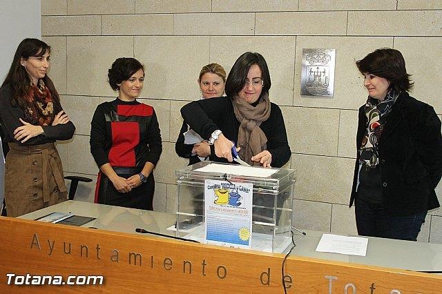 Más de seiscientas personas han participado en la campaña de reciclaje que ha finalizado con el sorteo del premio del concurso Recicla y gana, Foto 2