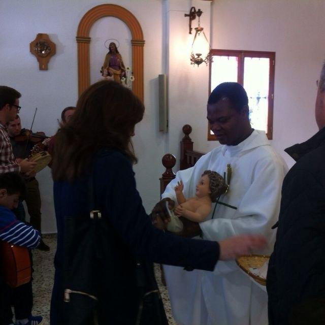 Autoridades municipales asisten al Raiguero Alto, donde se ha celebrado el tradicional Canto de Ánimas de la mano de la cuadrilla de la pedanía, Foto 3
