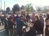 Autoridades municipales asisten al Raiguero Alto, donde se ha celebrado el tradicional Canto de Ánimas de la mano de la cuadrilla de la pedanía