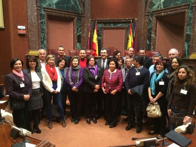 La Asamblea aprueba por unanimidad la Ley de Artesanía de la Región de Murcia, Foto 1