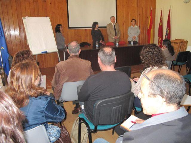 Cartagena atenci n social sere ne con responsables de la for Oficina extranjeria murcia