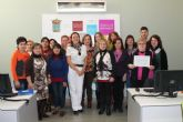 Se clausura un curso de informática y se inauguran otros dos también para mujeres - Foto 2