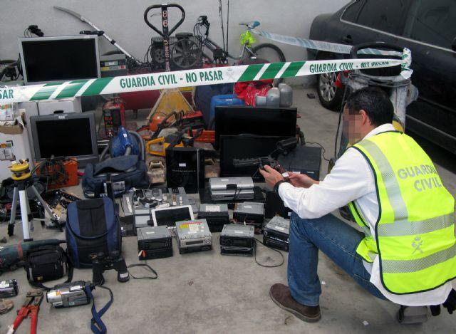 La Guardia Civil recupera 200 efectos sustraídos en viviendas y naves industriales de la Región, Foto 3