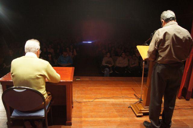 Recital de poesía en homenaje a Miguel Hernández, Foto 3