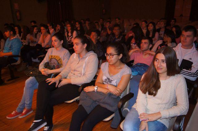 Recital de poesía en homenaje a Miguel Hernández, Foto 4