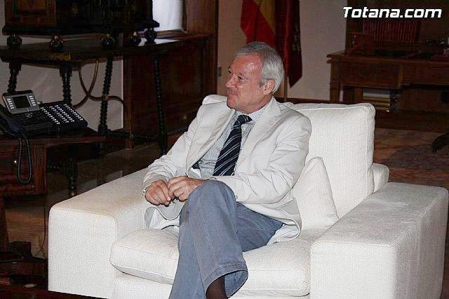 El PSOE reprocha a Valcárcel que haya olvidado a la ciudad de Totana durante 19 años, Foto 1