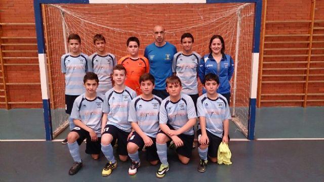 Los jugadores del Infantil B de Capuchinos dieron la sorpresa en su visita a Murcia, Foto 2