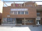 El Centro Municipal de Personas Mayores de la Plaza Balsa Vieja repartirá caramelos entre sus socios