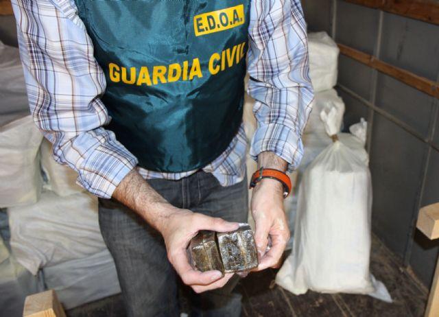 La Guardia Civil desarticula una activa red de tráfico de drogas entre Marruecos y el Levante español, Foto 1