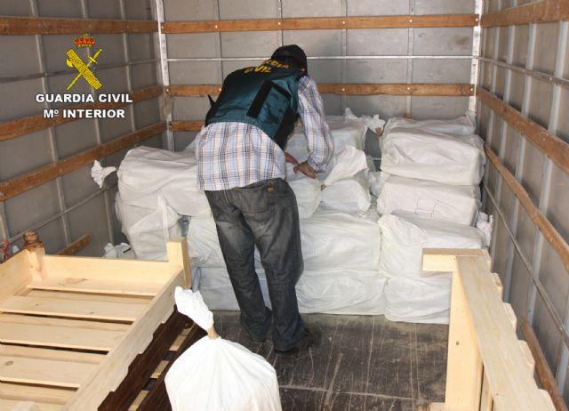 La Guardia Civil desarticula una activa red de tráfico de drogas entre Marruecos y el Levante español, Foto 5