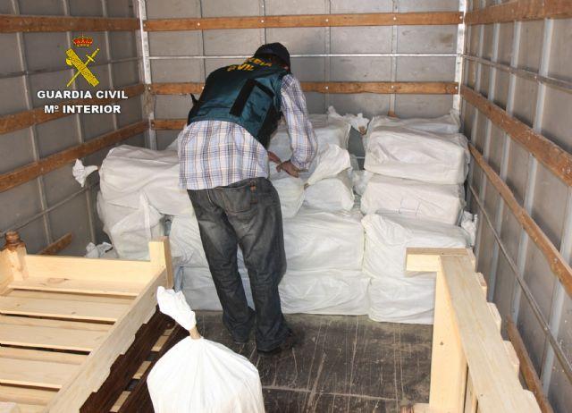 La Guardia Civil desarticula una activa red de tráfico de drogas entre Marruecos y el Levante español, Foto 7