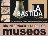 Turismo celebra el Día Internacional de los Museos con una jornada de puertas abiertas y visitas guiadas al yacimiento de La Bastida