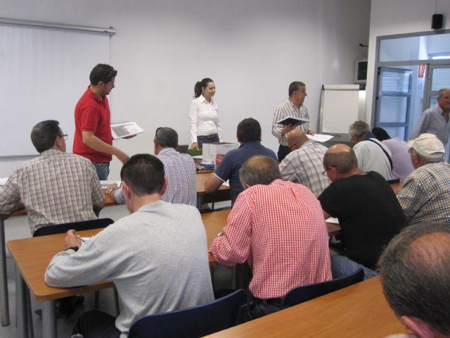 Más de una treintena de personas participan en el curso de manipulador de fitosanitarios, Foto 3