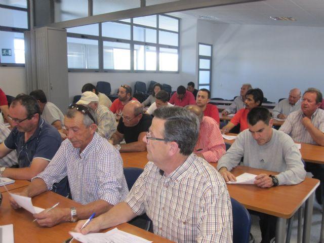 Más de una treintena de personas participan en el curso de manipulador de fitosanitarios, Foto 4