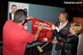 Se celebra la tradicional pegada de carteles con la que arranca de forma oficial la campaña electoral para las europeas - 33