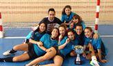 Las cadetes del ´Siglo XXI´ se proclaman campeonas regionales de fútbol sala en Deporte Escolar