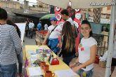 Los alumnos del Colegio Reina Sofía han promocionado y vendido los productos de sus jóvenes empresas en el mercadillo semanal de Totana - 1