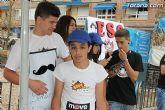 Los alumnos del Colegio Reina Sofía han promocionado y vendido los productos de sus jóvenes empresas en el mercadillo semanal de Totana - 6