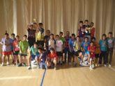 La concejal�a de Deportes llev� a cabo la entrega de trofeos de la fase local de multideporte, baloncesto, balonmano y futbol sala, de Deporte Escolar - 2
