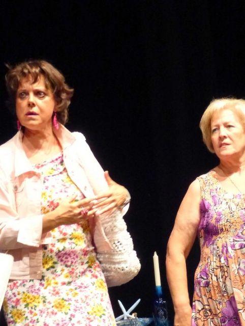 Éxito en el teatro solidario a beneficio de D´Genes, Foto 4