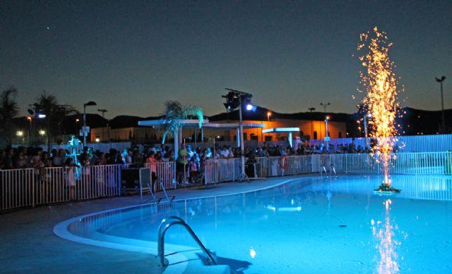 Puerto lumbreras puerto lumbreras estrena piscinas de for Piscina alcantarilla