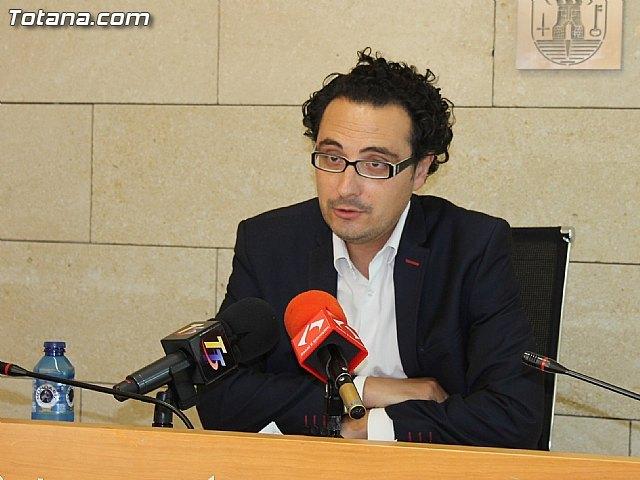 El Portavoz del equipo de Gobierno, David Amorós, ofrece una rueda de prensa sobre el balance del pleno ordinario correspondiente al mes de junio, Foto 1