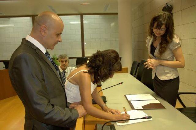 El ayuntamiento de Totana tramitó un total de 16 matrimonios civiles durante el primer semestre del año 2014, Foto 3
