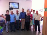 Autoridades municipales acompañan a los socios del Centro Municipal de Personas Mayores de El Paretón a la comida de final de temporada 2013/14