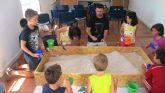 Numerosos niños aprenden la labor del arqueólogo en el taller infantil de arqueología dentro del programa Totana Verano´2014