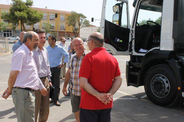 Mazarrón en la vanguardia medioambiental al renovar su flota de vehículos de limpieza con un nuevo camión, Foto 4