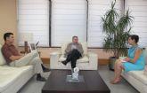Reuni�n con el alcalde de Alhama de Murcia
