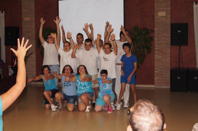 Los alumnos del Centro de Día José Moyá clausuran las actividades del curso, con un emotivo acto, Foto 2